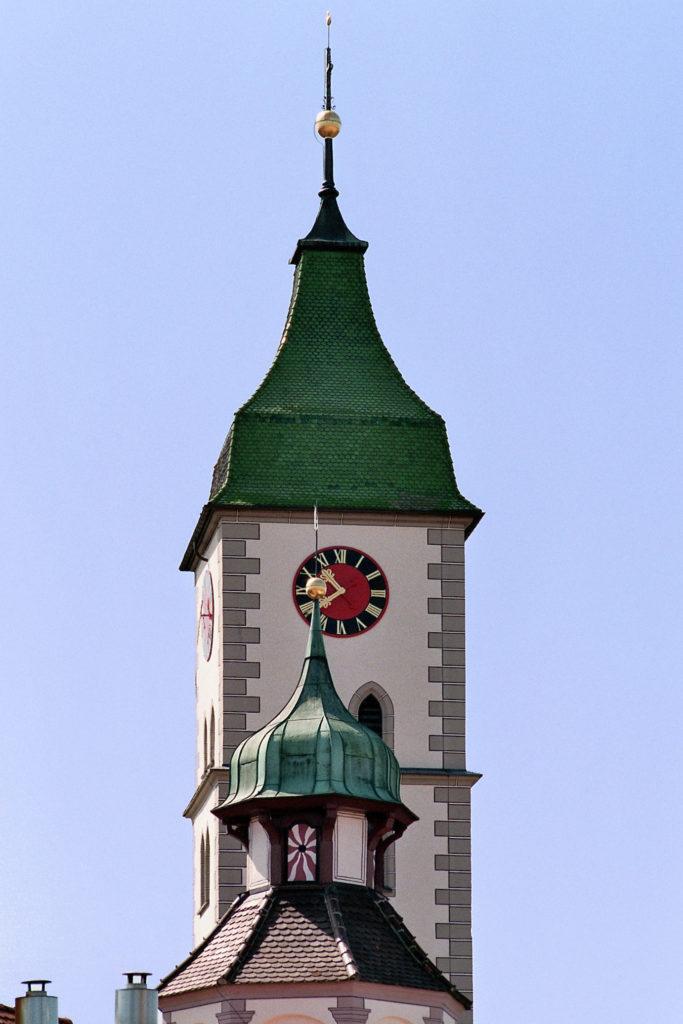 St_Martins_Kirche_Kirchturm in Wangen in der Nähe der St. Martins Apotheke